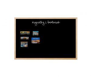 Produkt Čierna tabuľa na magnetky v drevenom prírodnom ráme
