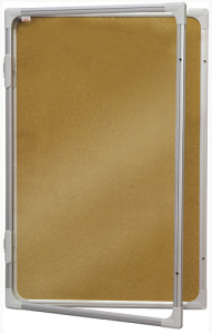 Produkt Interiérová vitrína 120×180 cm korková